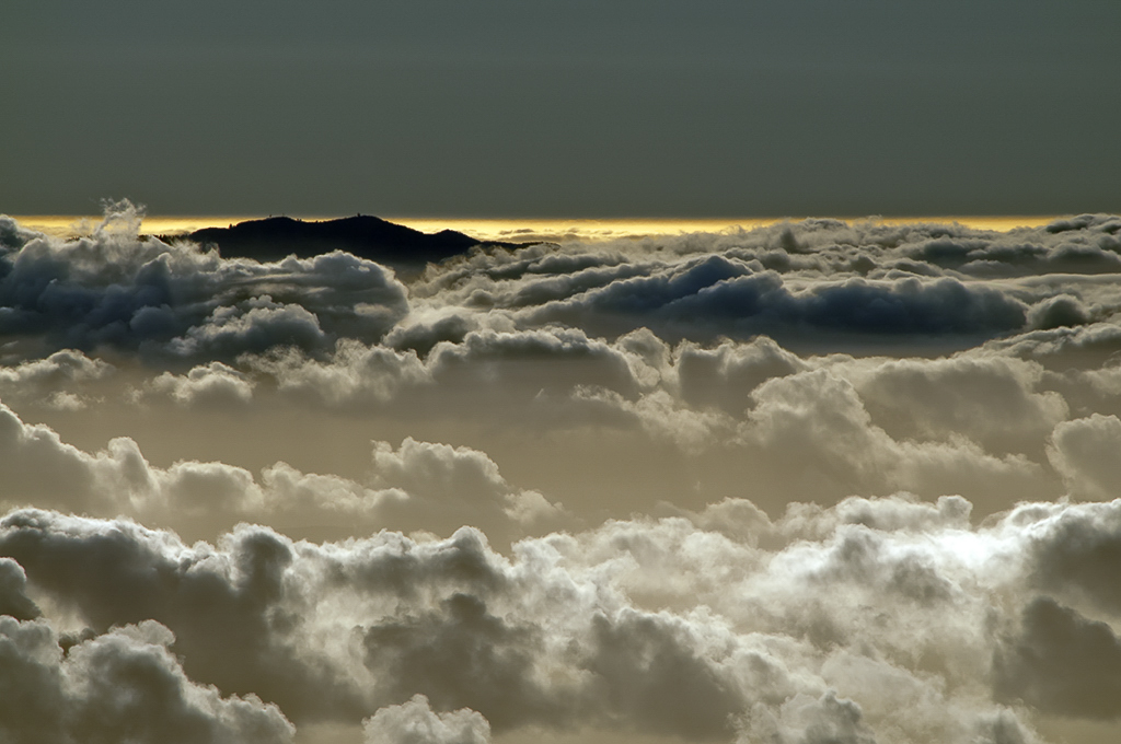 Entre el Cielo y La Tierra by NuriaBlancoArenas(c).